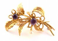 Vintage Fully Hallmarked 9ct Gold Amethsyt And Pearl Double Flower Brooch.